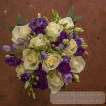 Bride's bouquet in purple & cream