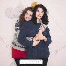 family_portraits_christmas_presents