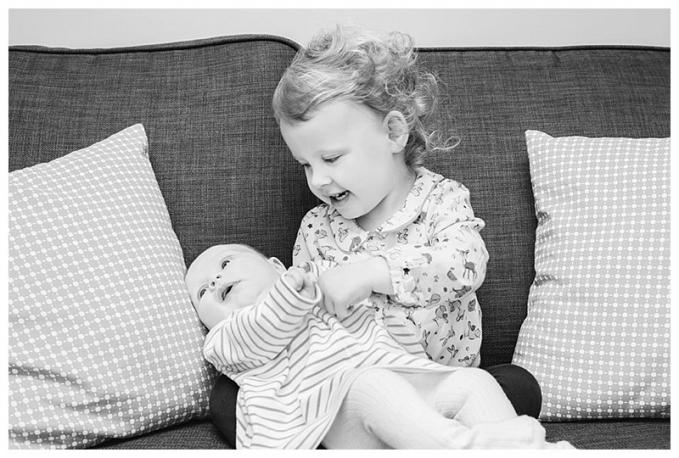 newborn-sibling.jpg